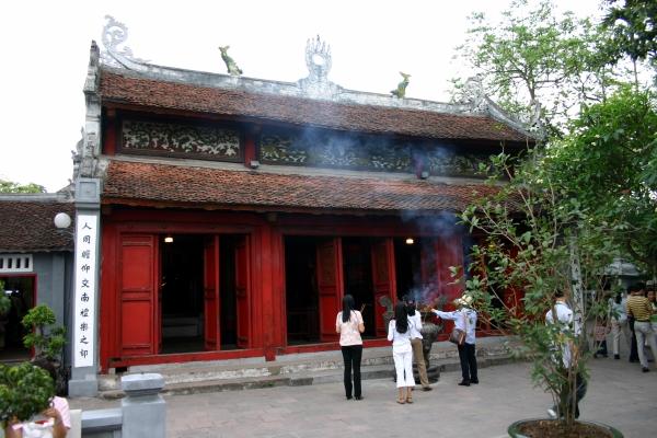 Santuaire Temple Ngoc Son