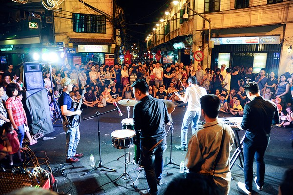 Carrefour Luong Ngoc Quyen Ta Hien fin de la semaine