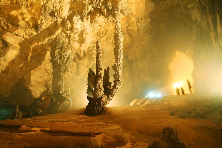 Grotte Nguom Ngao Cao Bang
