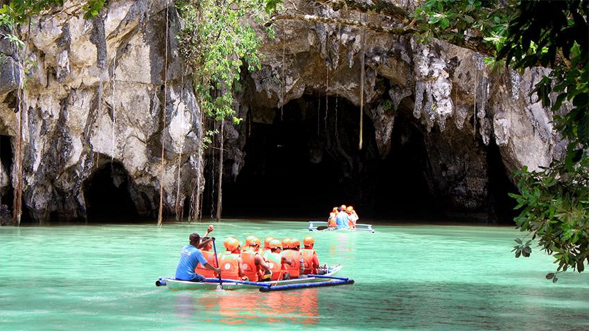 Puerto Princesa rivière souterraine dans les Philippines