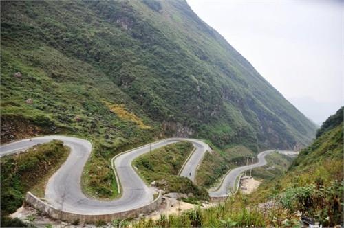 La route Dong Van Ha Giang voyage Moto